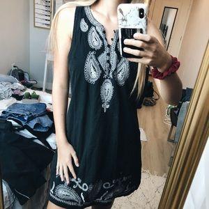 Cute options sun dress size S